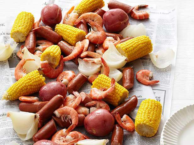 Coastal Florida Seafood Boil And Tablescape! - Me and My ...